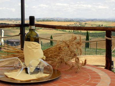 """Photo for """"Sunflower"""" apartment overlooking Siena"""