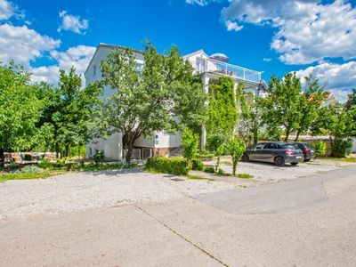Photo for Holiday apartment Jadranovo for 8 - 10 persons with 4 bedrooms - Holiday apartment