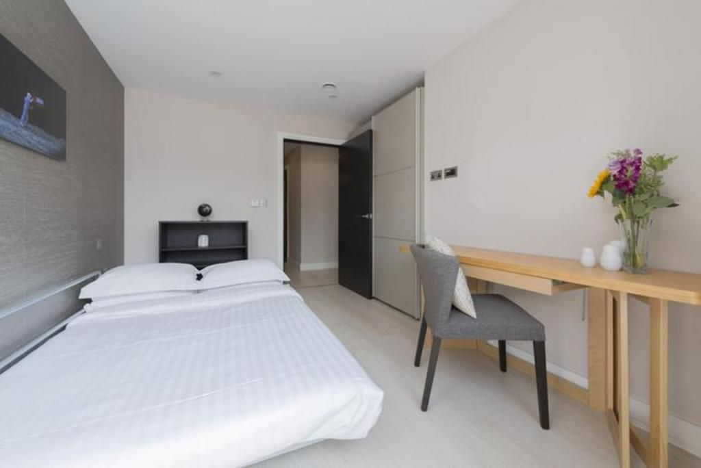 London Home 492, Beautiful 5 Star Holiday Home in a Prime Location in London - Studio Villa, Sleeps 4
