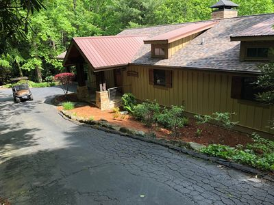 Photo for LAKE TOXAWAY-GOLF CART & PADDELBOARDS INCLUDED