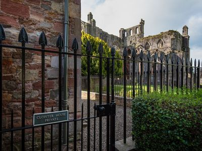 Photo for CLOISTER HOUSE, Melrose - Dog friendly house for 8 guests close to Melrose Abbey