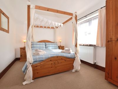 Photo for Romantic 1 bedroom cottage in beautiful Devon countryside, indoor pool, sauna