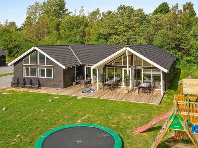 Photo for Modern Holiday Home in Hovedstaden near Sea