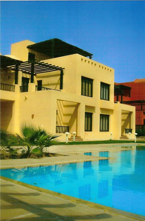 Luxury townhouse with shared pool in good location in South Marina, El Gouna.