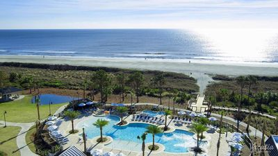 Photo for Two bedroom, two bath unit sleeps 6 at Ocean Oaks Resort in Hilton Head.