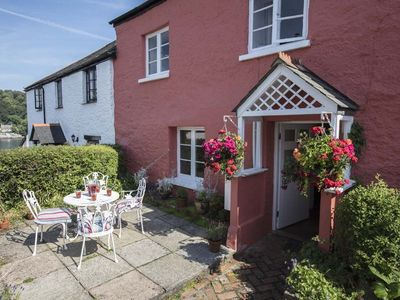 Photo for Holly Cottage, Dittisham