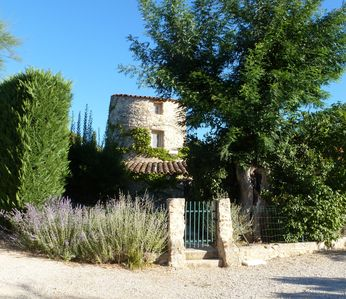 Photo for Le Pigeonnier - Cottage ** for 5 people between Luberon and Verdon