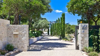 Photo for Magnificent Californian style villa close to Mougins