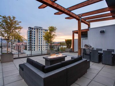 Photo for New! Top floor Sole Downtown mountain views sleeps 6