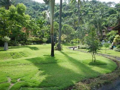 very nice landscaped garden with a lot of space