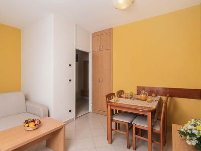 Photo for Apartment Katoro in Umag - 4 persons, 1 bedrooms