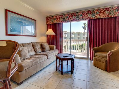 Photo for Gulf view condo w/ great balcony & community pool & hot tub