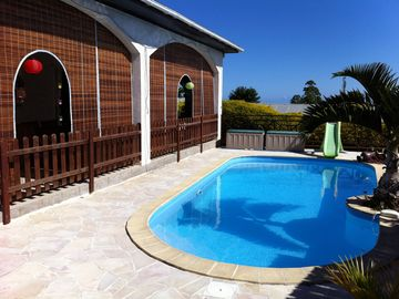 Charming villa with pool. THE BUFFER
