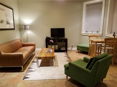 Photo for Immaculate 1+ Br Bucktown Apt,  parking & baby-friendly!