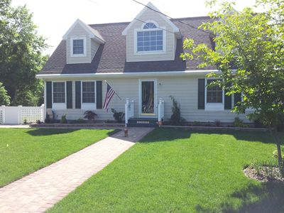 Photo for 4 Bd 3Bth with Gated Yard & Heated Pool Close to All of the North Fork