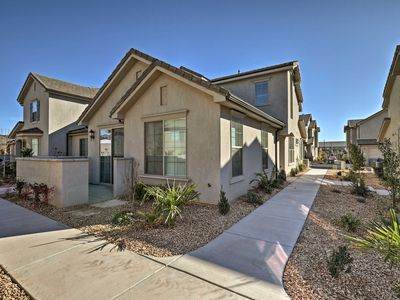 Photo for 3BR Washington Townhome Near Red Cliffs!