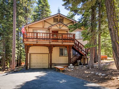 Photo for Inviting two-story cabin with spacious deck, and gas grill-close to Lake
