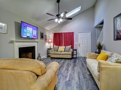 Photo for KSU, I-75 and Major Shopping Only 5 Minutes Away - RENOVATED! CLEAN