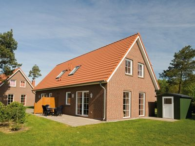 Photo for 6-person bungalow in the holiday park Landal Dwergter Sand - on the water/recreation lake