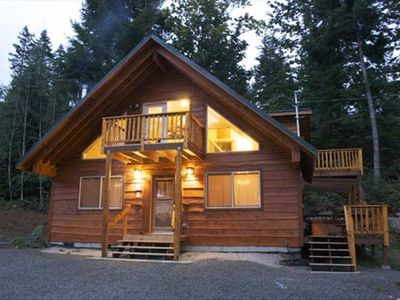 Save in october starting at 159 night vrbo for Rental cabins near mt st helens