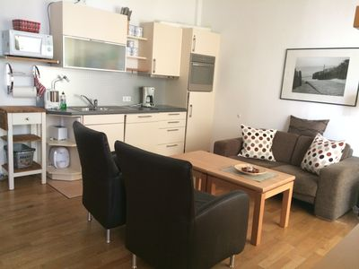 Photo for comfortable 3-room apartment in a central location, close to Monument