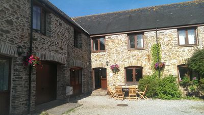 Photo for Refurbished, Spacious, Stylish, Well Equipped Family Holiday Cottage - Sleeps 12