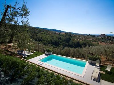 Photo for Four Bedroom Detached Private Villa Central Tuscany  Villa Cassia is situated in a beautiful position