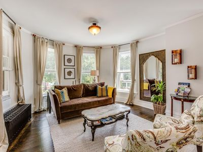 Photo for BRIGHT AND SPACIOUS VICTORIAN IN CENTRAL OAK PARK
