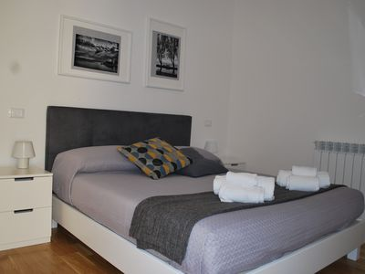 Photo for Newly renovated apartment in the historic center of Palermo IMMA