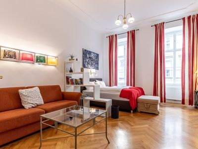 Photo for Cozy 2 room apartment near the castle Belvedere