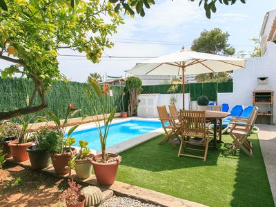 Photo for Beach Villa Belgica; Private Pool, Walk to Beach, A/C, WiFi, Car Not Required