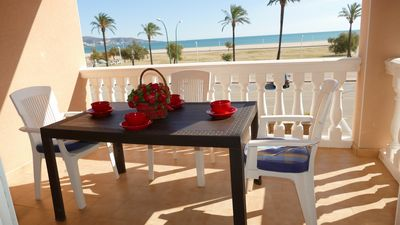 Photo for Mare Nostrum - Beautiful beachfront apartment