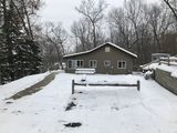 Cozy Year Round Cottage in the Pinckney Recreation Area