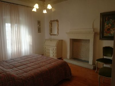 Photo for Pretty country house in Peschiera Del Garda Free Wi-Fi, parking and garden