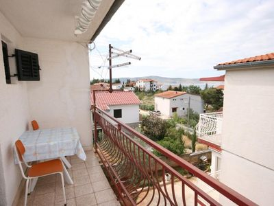 Photo for Studio flat with balcony and sea view Starigrad (Paklenica)