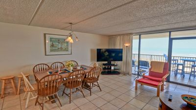 Photo for Fun in the Sun-beachfront condo - 706