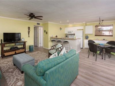 Photo for Unit L8: 2 BR / 2 BA partial gulf view in Sanibel, Sleeps 6