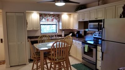 Photo for Updated Charming Cabana Unit, Close To White Sandy Beaches, Lots Of Amenities