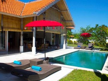 Search 2,362 holiday rentals