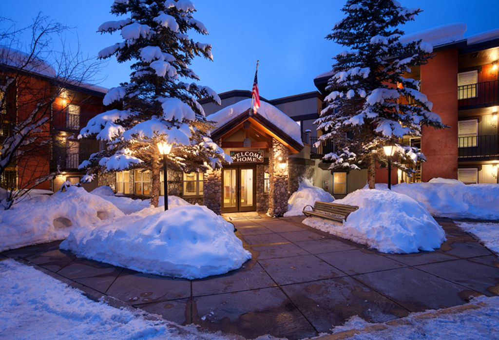 Legacy vacation club new year 39 s week homeaway for Cabin rentals near steamboat springs