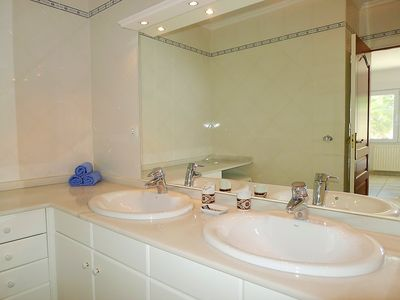 Photo for Apartment in Benissa with Parking, Internet, Washing machine, Air conditioning (90597)