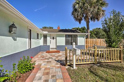 This 3-bedroom, 2.5-bath home can accommodate up to 8 guests.