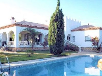 Photo for Detached villa for 8 people, private pool, located in Las Tres Calas