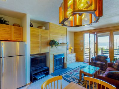 Photo for Cozy condo w/ a shared pool & hot tub, modern comforts & resort amenities!
