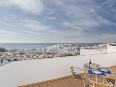 Photo for 3 bedroom Villa, sleeps 5 in Albufeira with Air Con and WiFi