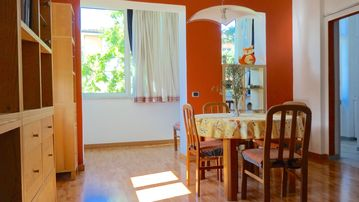 Search 75 holiday rentals