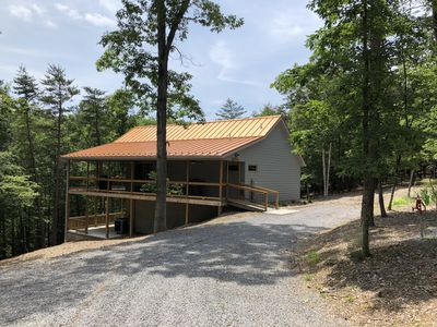 Spectacular couples retreat, private wooded location, pet friendly, WiFi