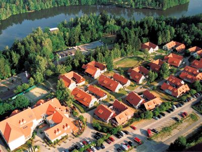 Photo for Holiday house Hoteldorf on Herrensee
