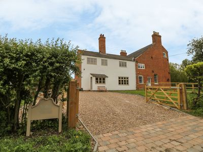 Photo for WARREN HOUSE COTTAGE, family friendly in Wragby, Ref 1004518