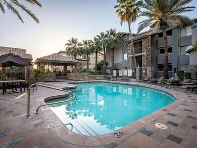 Photo for Resort Style Condo in Biltmore, Phoenix